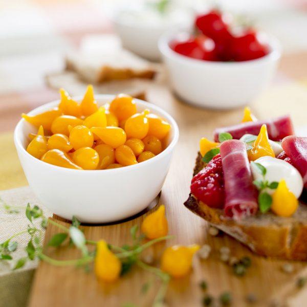 Poivrons jaunes, bruscetta - Photographe culinaire Strasbourg 67 Alsace